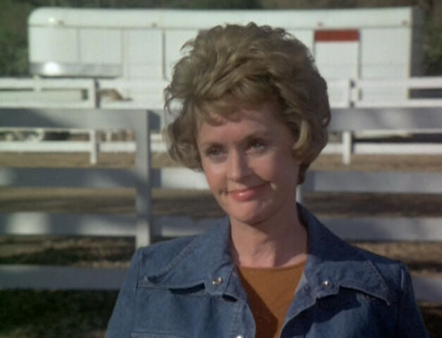 File:Victor on her Ranch.jpg