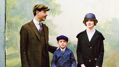 File:Richard-Tommy-Angela-family-photo-color.png