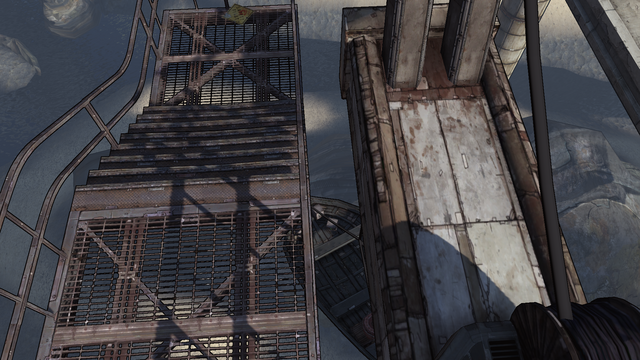 File:T-Bone Junction weapon crate 2 - 3.png