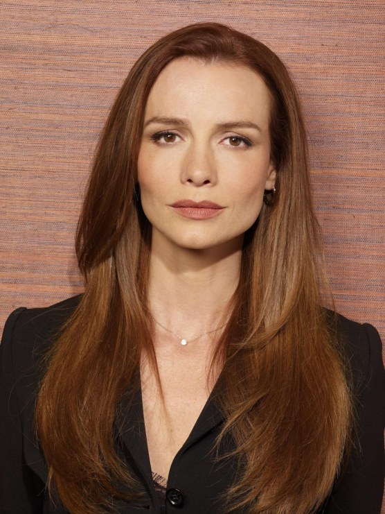 saffron burrows height
