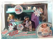 Bratz Kidz Super Secret Ice Cream Making Snow Lodge with Vinessa