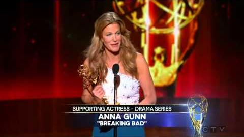 Anna Gunn wins 2014 Emmy for Outstanding Supporting Actress - Drama