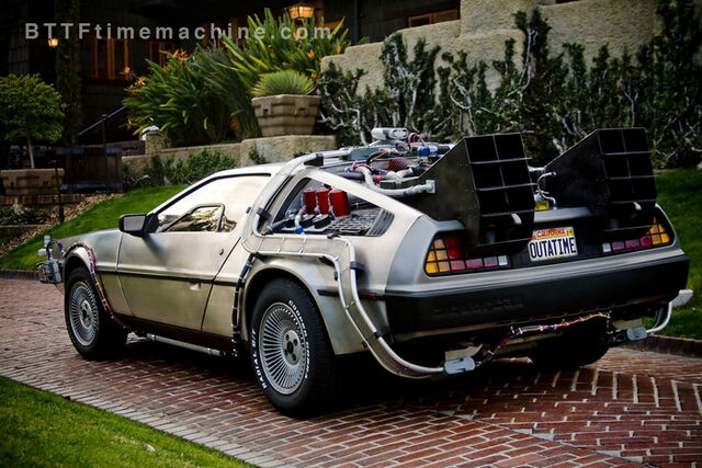 File:Wm doc brown house delorean car copy.4y4bnr86ka4o4cogo808804g8.bs5ta3qbusggw484oswskggs8.th.jpeg