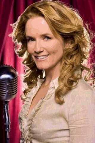 File:Lea Thompson.jpg