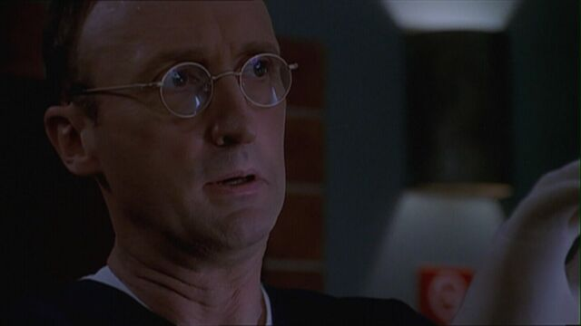 File:Buffy504 overheiser.jpg