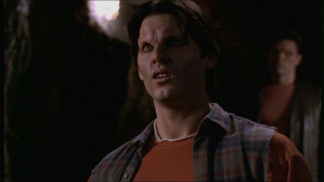File:Buffy416 0482.jpg