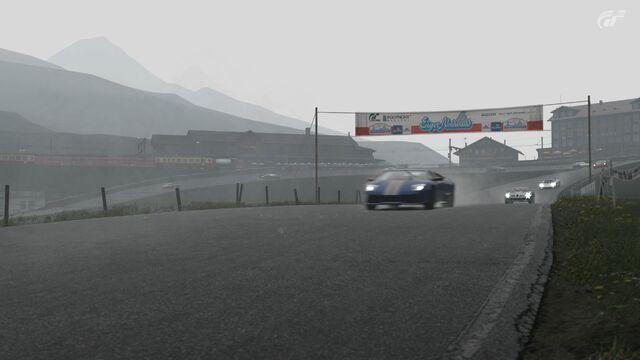 File:Supercars In The Rain.jpg