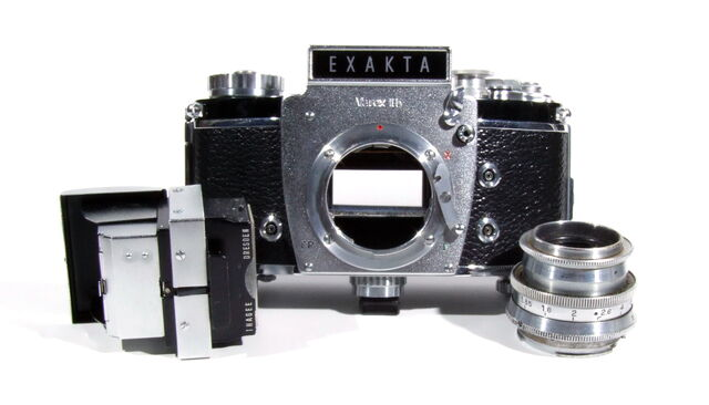 File:Exakta Varex IIb 01.JPG