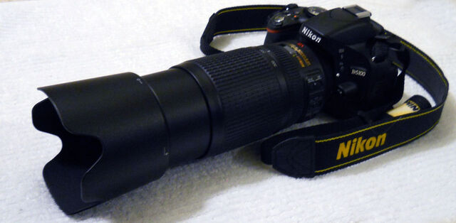 File:Nikon D5100 with 70-300mm lens.jpg