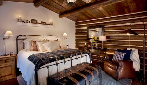 Portico BrushCreekRanch Blacksmith Bedroom 1280 740
