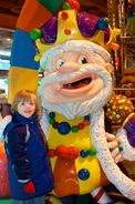 Candy-land-king-of-candy-toys-r-us-nyc