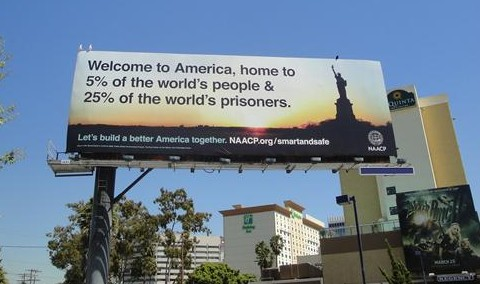 File:USA. 25% of world's prisoners 2.jpg