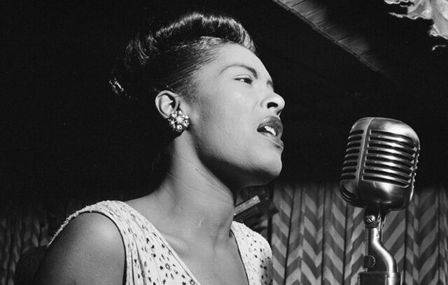 File:Billie Holiday 1947 Downbeat club in New York City.jpg