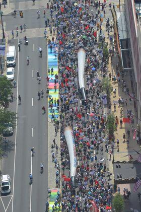 Philadelphia Pennsylvania 2016 July 25 crowd