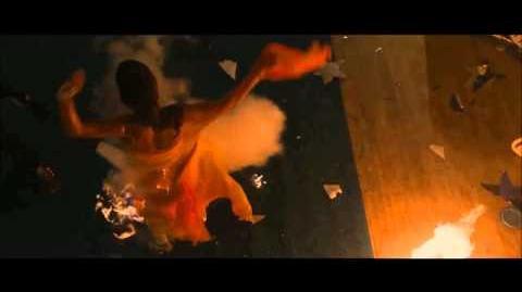 Carrie 2013 alternate ending - YouTube