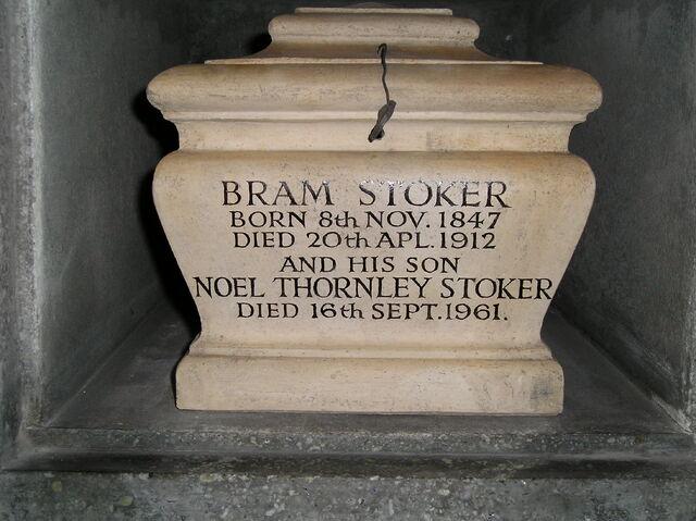 File:Bram Stoker - 02.jpg