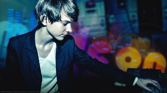 File:The Daily Madeon - August 11, 2015.jpg