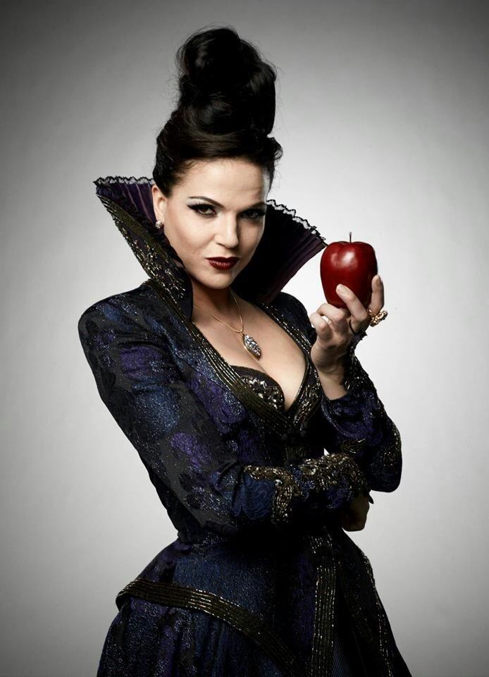 фото королевы злой