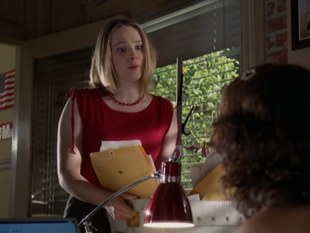 File:5x05Phoebe'sAssistant.png