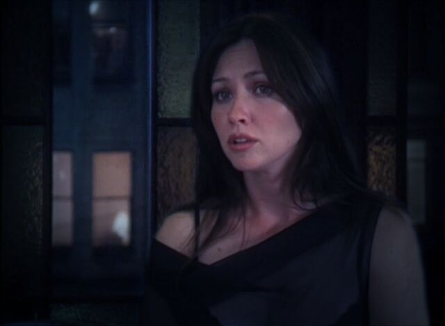 File:Prue in attic.jpg