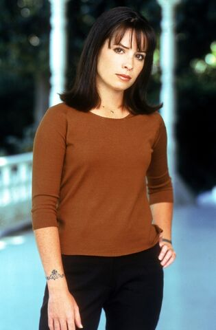 File:Holly Marie Combs ghollyq77.jpg