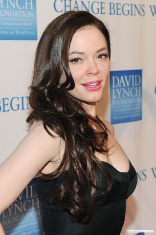 File:Rose McGowan-Dec19th.jpg