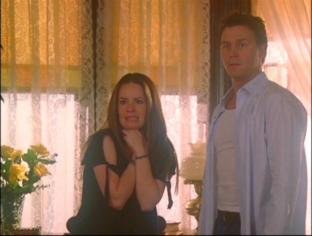 File:Forever-Charmed-piper-and-leo-16120093-1056-800.jpg