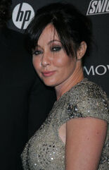 Shannen Doherty candid