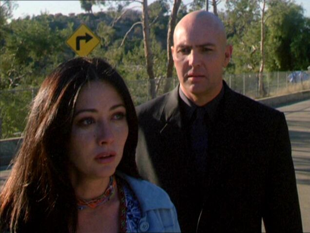 File:Prue and Spirit Killer.jpg
