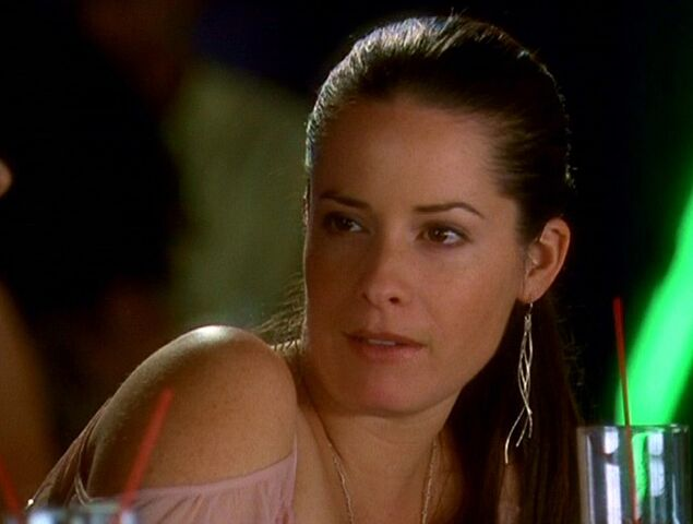 File:6x10-PiperHalliwell.jpg