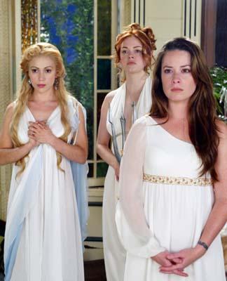 File:Goddesses.jpg