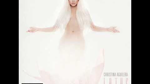 Christina Aguilera 04