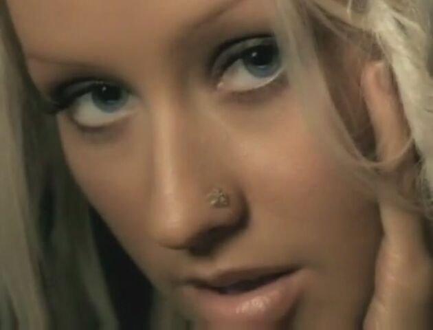 File:Beautiful-Music-Video-christina-aguilera-26414716-893-680.jpg