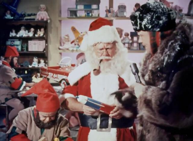 File:Santa-Claus-Conquers-the-Martians-1964-HD.mp4 snapshot 00.05.39 2014.12.19 12.46.43.jpg