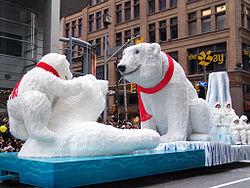 File:Santa Claus Parade Toronto 2009 (1).jpg