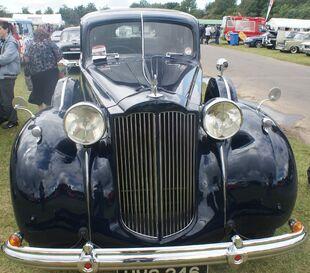 Packard Super Eight front