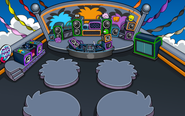 File:PuffleParty2012NightClubRoof.png