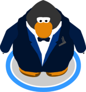 Navy Royale Tux in-game