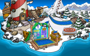 Club Penguin Island Party Beach 2