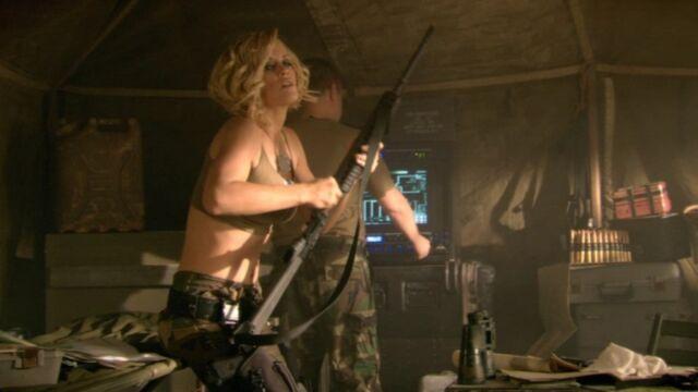 File:RA3 Tanya with rifles 1.jpg