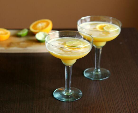 File:Two-sour-citrus-cocktails.jpg
