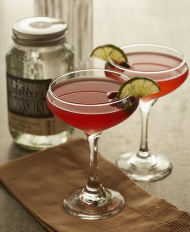 File:Daredevil cocktail with Old Forge moonshine.jpg