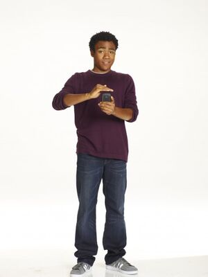 Community s2 donald glover 005 595