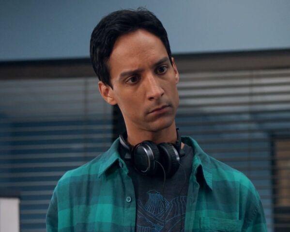 File:1x3 Abed stare.jpg