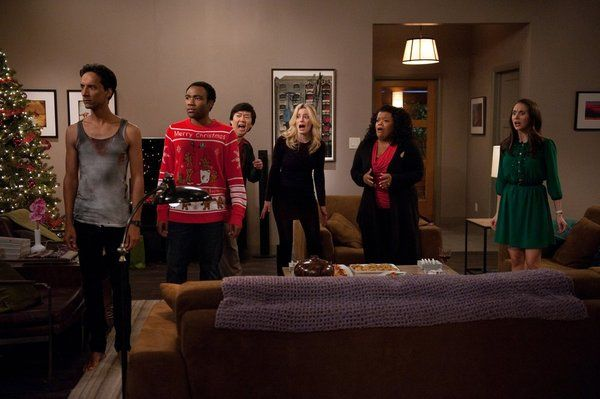 File:Community-season-4-episode-10-intro-to-knots-2.jpg