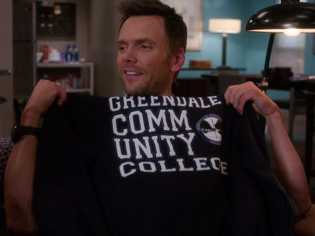 File:4x10-Jeff Greendale sweatshirt.jpg