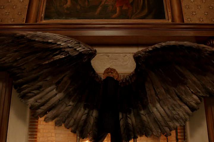 Resultado de imagem para constantine gabriel wings
