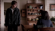 1x09 know what dad's doing