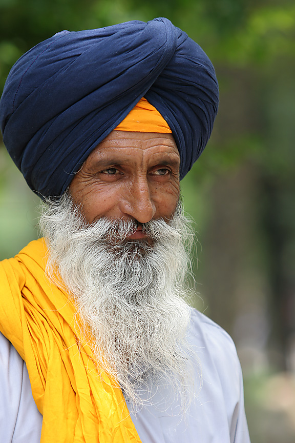 """Sikh Americans Are Leading a Historic Fight Against """"Anti-Turban Bias"""""""