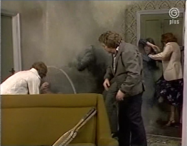 File:Episode 2003.jpg